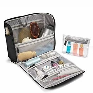 Samsonite Bags - 🆕️Samsonite Toiletry Kit Great Travel Pieces